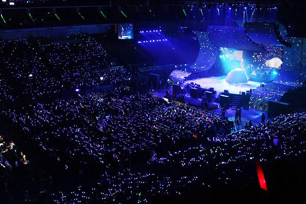 张杰谢娜历程_富迪独家冠名赞助张杰广州演唱会 现场挑战惊险魔术